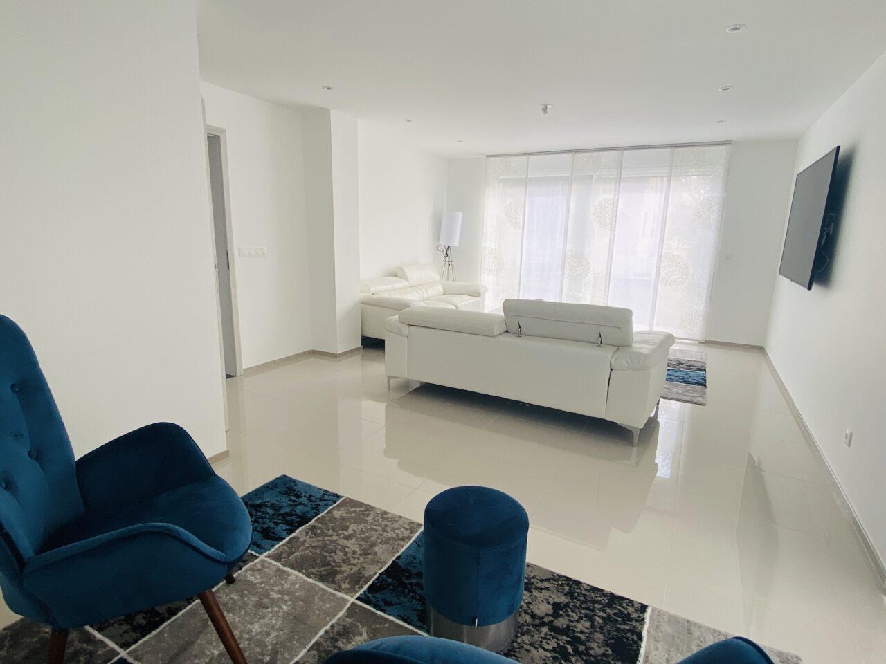 Oberhoffen, très belle maison contemporaine 185m2, 5 chambres, sur 6,2 ares