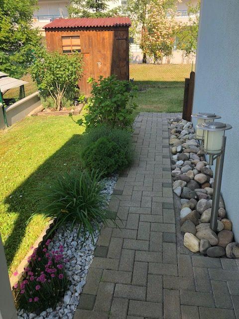 Haguenau maison mitoyenne d'un coté, terrasse, jardin