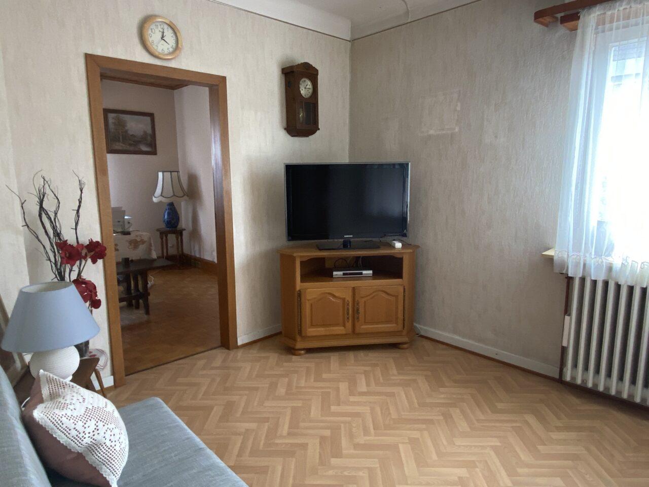Haguenau, quartier calme, maison 100m2, dépendance, garage sur 4,4 ares. Vidéo disponible