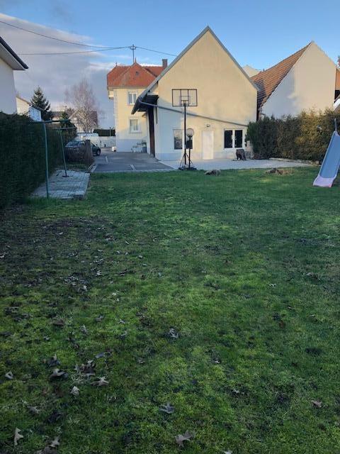 Terrain de 18 ares comprenant une grange en parfait état à Kriegsheim